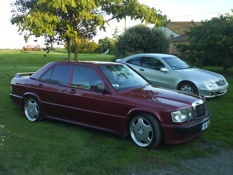 Mercedes 190d et 2 5 16s for Interieur mercedes 190d