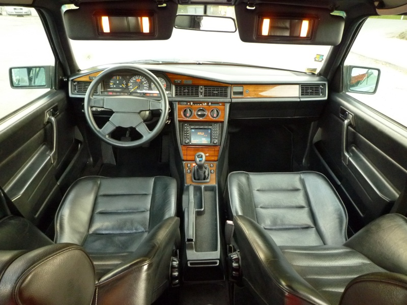 Interieur mercedes 190 for Interieur mercedes 190
