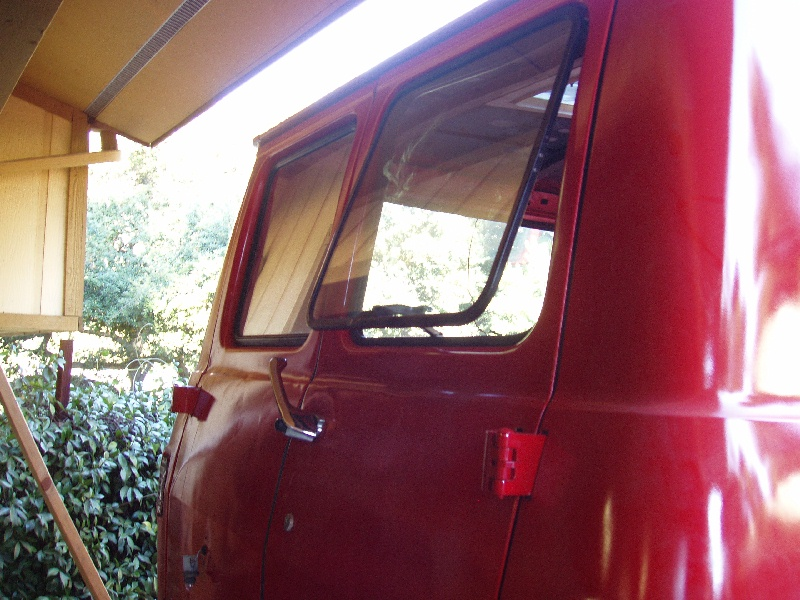 Pop out rear windows for Back door with opening window