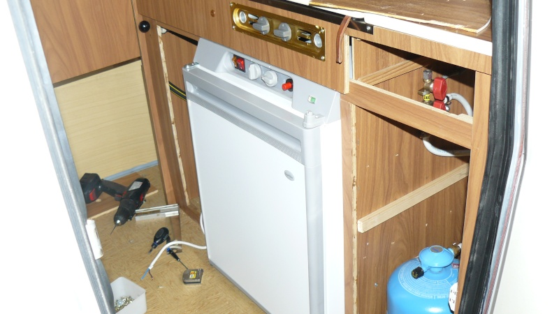 frigo trimixte curtiss. Black Bedroom Furniture Sets. Home Design Ideas